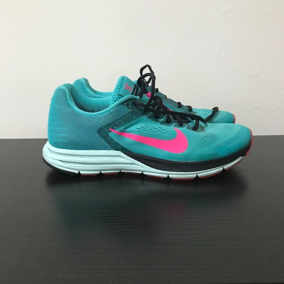 quality design 2421d 465db Nike Structure 17 Women's 8.5